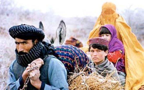 """Cena do filme """"A Caminho de Kandahar"""", que retrata a vida das mulheres durante o governo Talibã. Foto: Divulgação"""